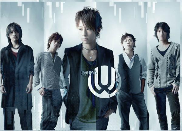 UVERworld-uverworld-11132120-776-561